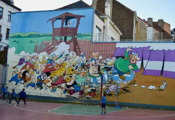 Asterix and Obelix mural by Uderzo
